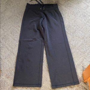 3/$25 - Lululemon Pant